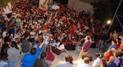 Más de 35 mil personas en el cierre de campaña de Unión por Chaco