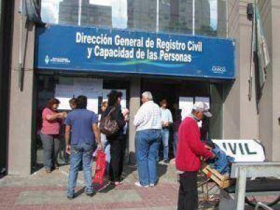 Levantaron el paro en el Registro Civil y atenderá durante todo el fin de semana