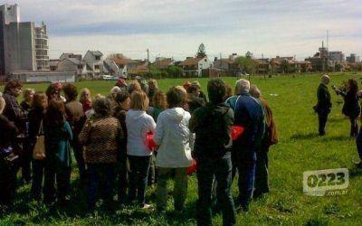 Canchita de los Bomberos: vecinos analizan demandar a funcionarios