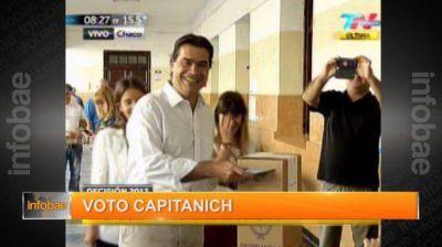 Alfonsín y Capitanich fueron los primeros en emitir su voto