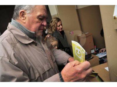 En la ciudad de Santa Fe se elegirán ocho concejales de unas 13 listas