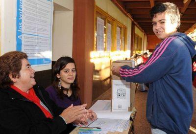 Seg�n Unicef, la mitad de los j�venes vota como sus padres