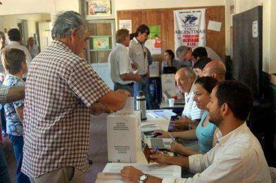 Entre Ríos elige tres Senadores y cinco Diputados nacionales