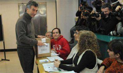 Ins�lito: por qu� Macri se demor� en el cuarto oscuro