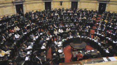 Pese a la derrota, el oficialismo mantiene el control en el Congreso