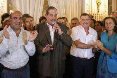 Tucumán: Juan Manzur obtuvo amplío triunfo