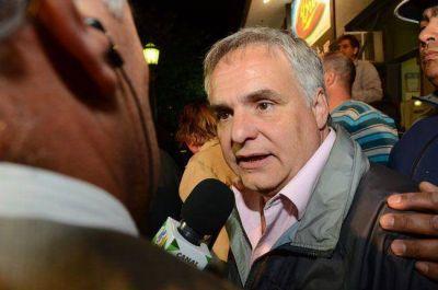 """Fern�ndez Mend�a reconoci� la """"fuga"""" de votos y les apunt� a """"los traidores"""" en el PJ"""