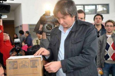 """La Presidenta """"está bien"""" dijo Máximo al ir a votar"""
