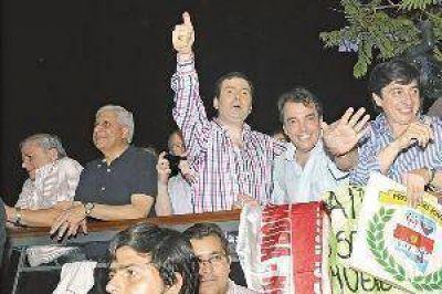 El Frente C�vico logr� dos Senadores y los tres Diputados Nacionales