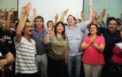 """Lucía Corpacci: """"Al peronismo nadie tiene que venir a dividirlo"""""""