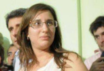 """Daniela Castro: """"Los jóvenes quieren proponer y participar"""""""