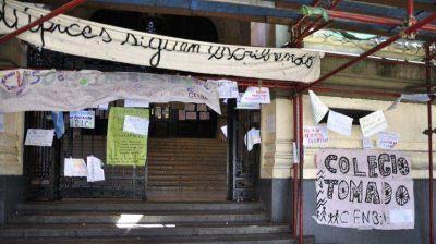 Sancionarán con 20 amonestaciones a los alumnos del Nacional