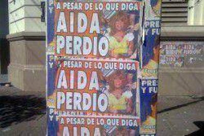 Con afiches le recordaron el resultado electoral a la intendente de Resistencia