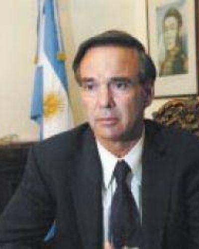 """Pichetto: """"Hablar hoy de 2015 es poco responsable"""""""