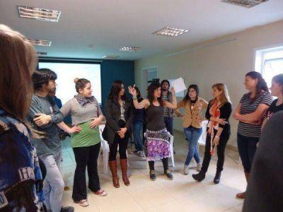 """Se presentó en Río Grande el proyecto """"Jóvenes escribiendo para Jóvenes"""""""