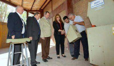 Irrigaci�n acompa�a proyecto ecol�gico de la escuela �lvarez Condarco