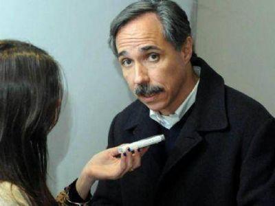Jos� Arteaga, con palos para Pacharotti: �Me parece que hoy no podemos hablar de 2015�