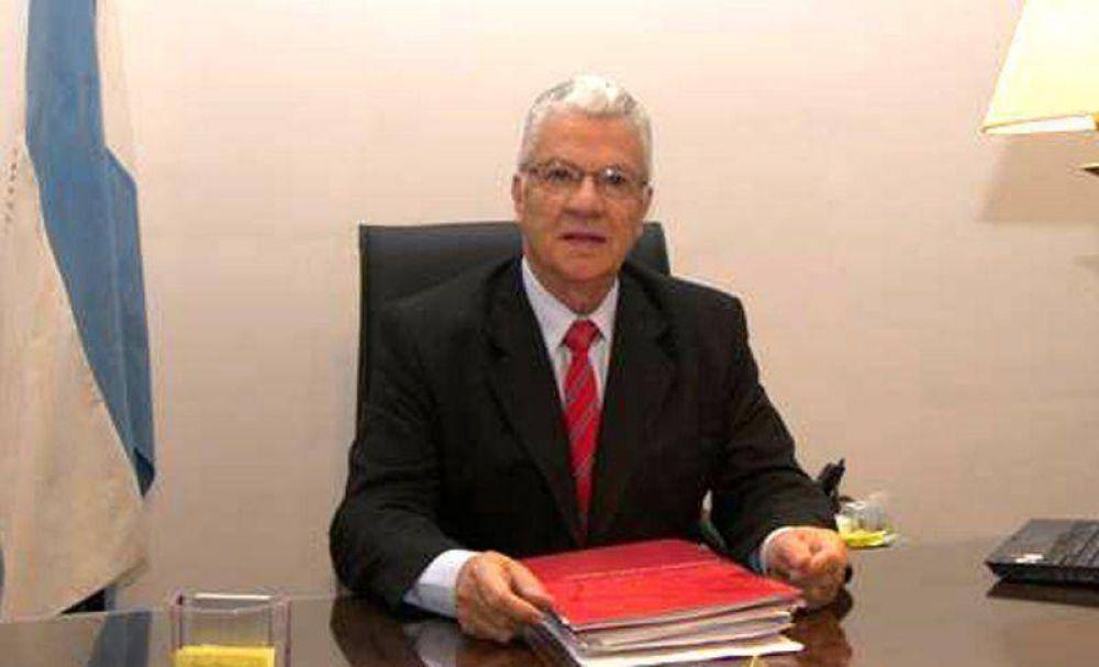 Acuerdo para dictar carreras de Medicina y Derecho en la UNJu