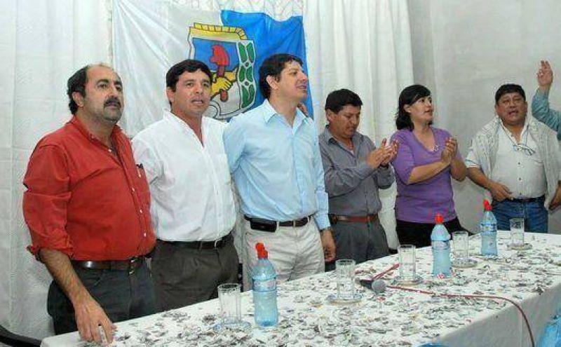 Nueva Dirigencia present� candidatos en El Carmen
