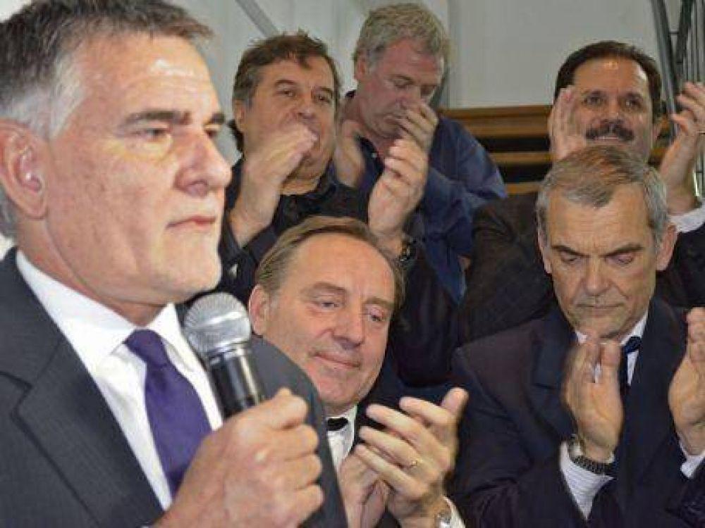 Carlos Castagneto lanzó su candidatura a presidente de Gimnasia
