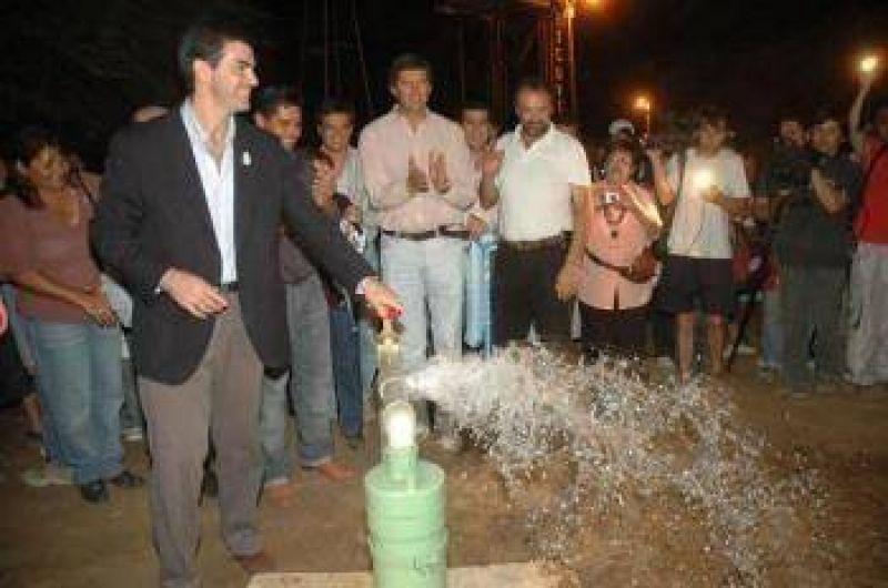 El gobernador Urtubey inauguró obras en Santa Victoria Este.