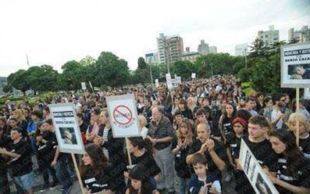 La Plata: Marcharon en pedido de Justicia por Renzo Casali