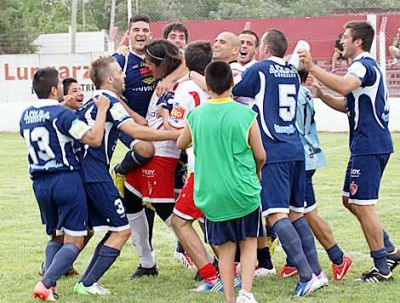 Independiente sigue en carrera por penales