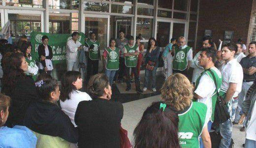 Se agudiza el conflicto en los hospitales provinciales