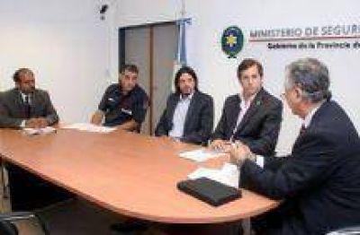 La Policía y el Servicio Penitenciario cerraron el acuerdo salarial 2014