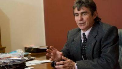 Critican a Crook por no mostrar los balances del Colegio de Abogados