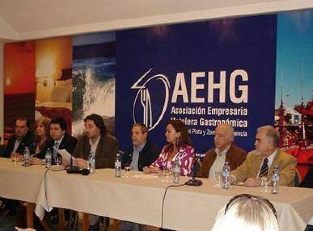 """""""Querer empezar las clases el 26 de febrero es insostenible para Mar del Plata"""""""