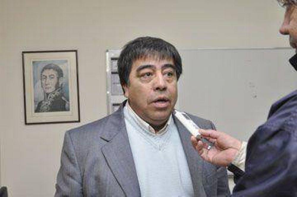 Contreras pidió que Gilmartin resuelva el conflicto en el puerto