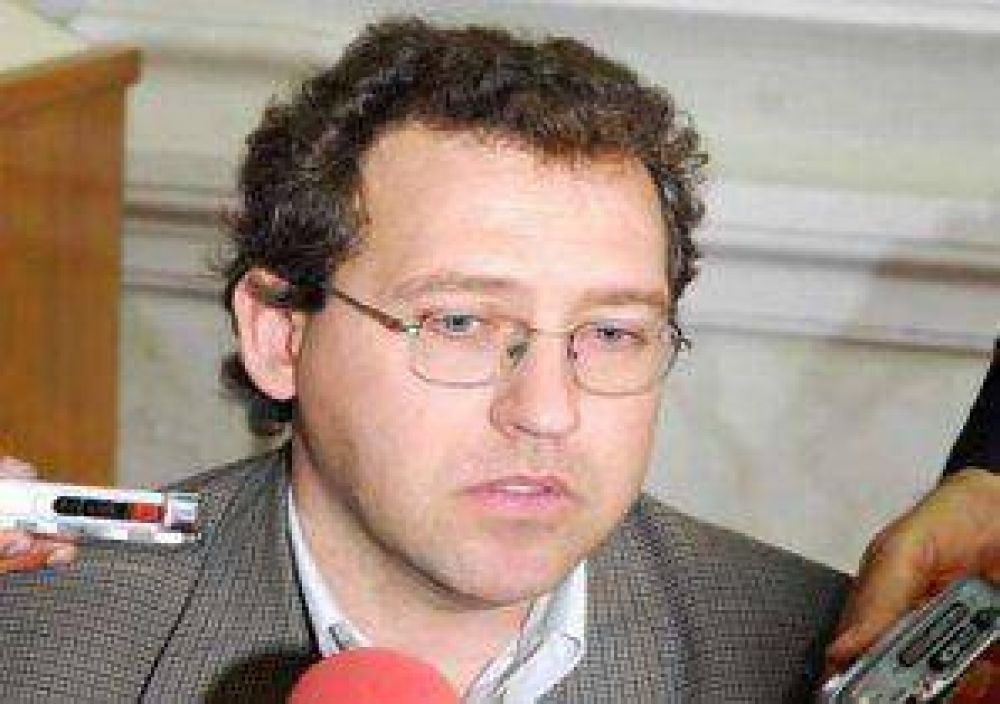"Banfi: ""Gabrielli es un pigmeo de la política"""