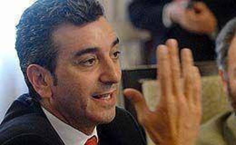 """Gobierno calificó de """"vergonzosa"""" la denuncia de Unión-PRO"""