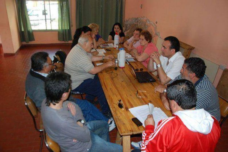 La Intersindical pide una suma fija de 4.000 pesos para fin de año