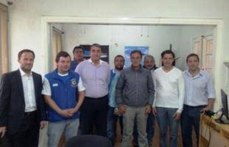 Cheyllada se reuni� con representantes de gremios portuarios