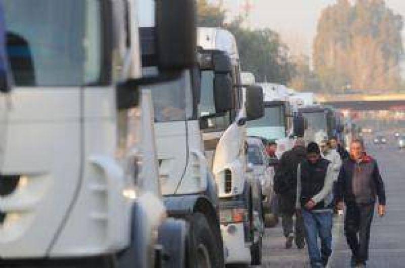 Por suba de costos, transportistas advierten que su situaci�n es delicada