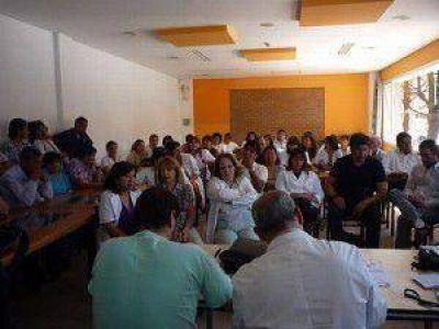 Tras un cuarto intermedio: profesionales de APUAP y Colegio Médico de Jujuy retomarán hoy la asamblea
