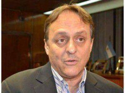 Desde el gobierno aclararon que la implementación de la carrera de Medicina en Jujuy no es proyecto de la UNJU