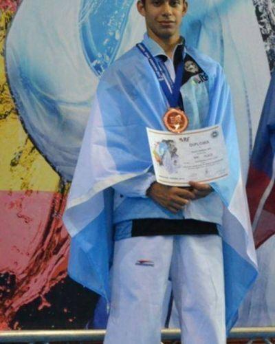 El misionero Ramiro Maidana logr� el bronce en el torneo mundial de Taekwon-Do en Espa�a