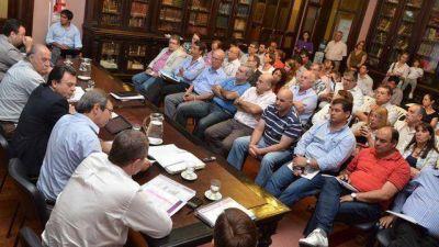 Presupuesto 2014: prevén un 24% más de coparticipación a municipios