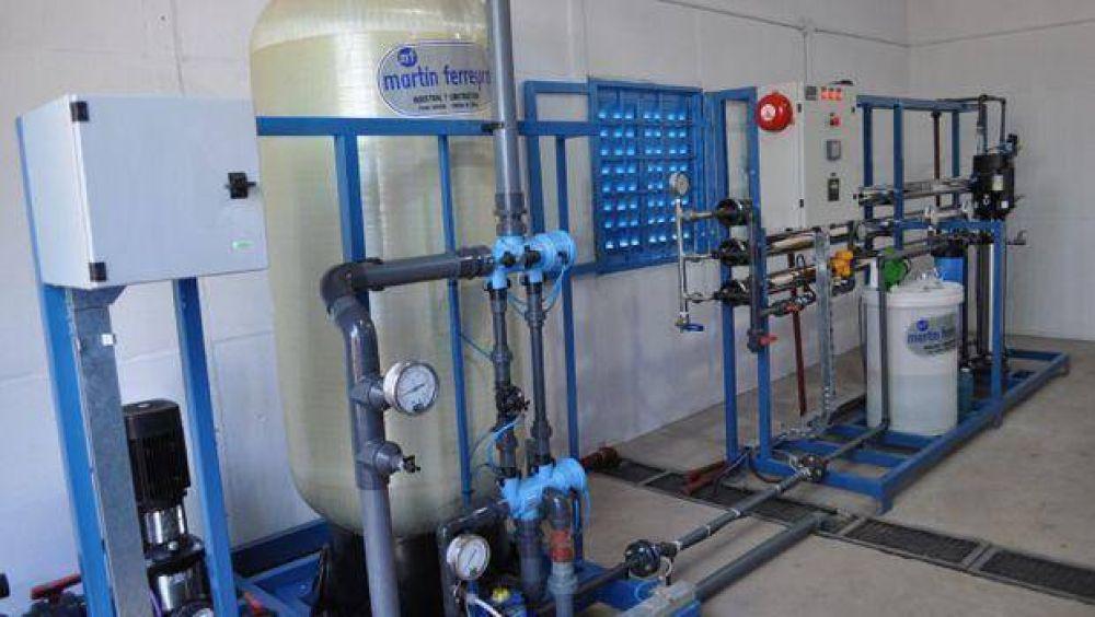 Inauguraron una planta potabilizadora de agua y pavimento