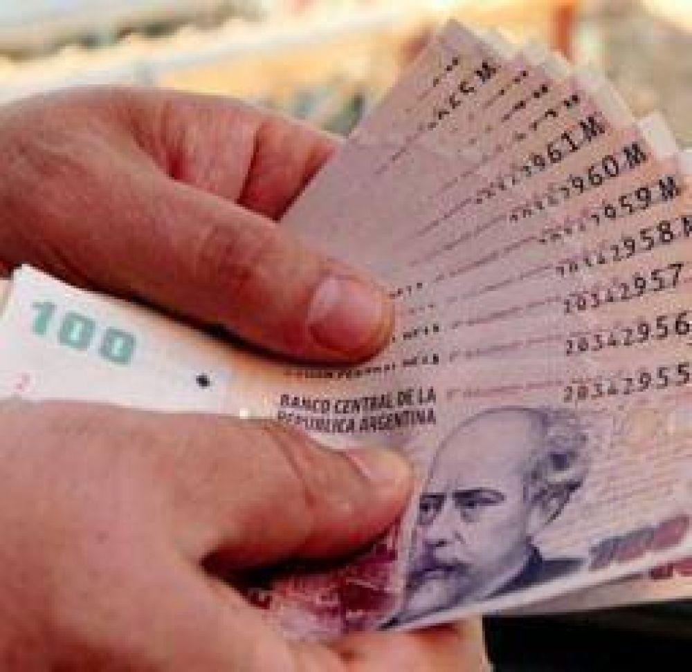 Otro gremio se sumó al pedido de un bono navideño para estatales