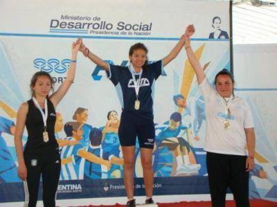 Se suman mas medallas a la delegación de Santa Cruz