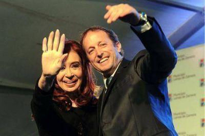 """El financiamiento de la campaña: al kirchnerismo cada voto le """"costó"""" $ 8,15 y a Sergio Massa, $ 3,23"""