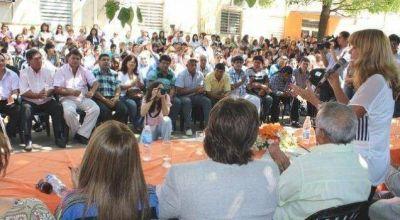 El municipio homenajeó a 159 empleados de 25 años de servicio
