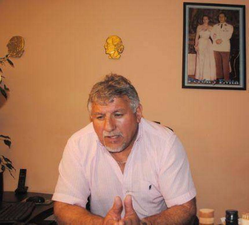 Donato Cirone avis�: si no consiguen el aumento de tarifa de taxi antes de diciembre, habr� movilizaciones