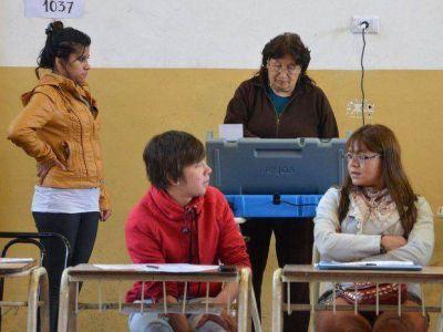 Nuevas denuncias por el manejo de voto electrónico