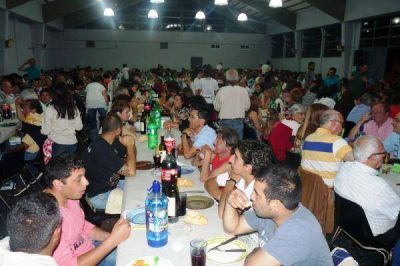 Los Municipales disfrutaron de una cena por su día
