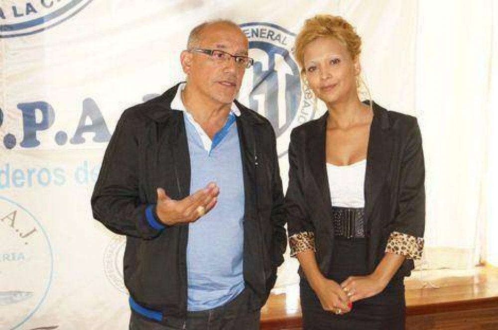 El titular nacional del gremio panadero encabezó una reunión en Chivilcoy